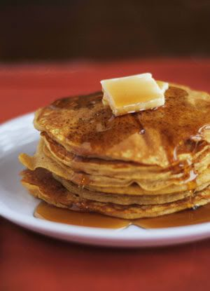 Copycat Pumpkin Pancakes