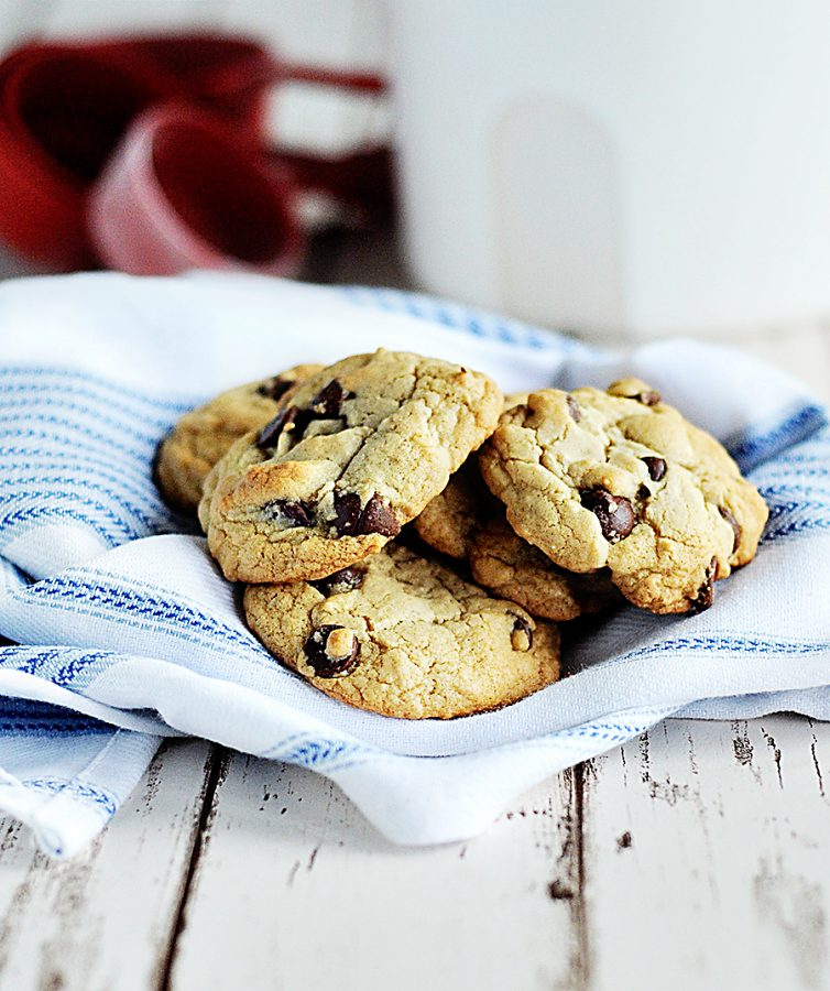My Favorite Things (Recipe: Chocolate Chip Cookies) - Dine and Dish