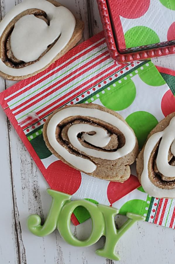 Cinnamon Roll Cookies Recipe on dineanddish.net