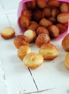 Homemade Doughnut Holes