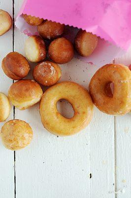 Homemade Yeast Doughnuts
