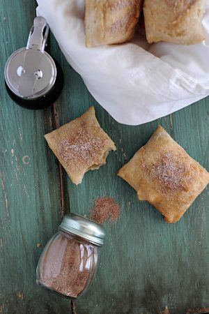 Homemade Sopapillas – A Guest Post at Bluebonnets & Brownies