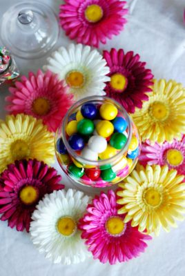 tablescape gumballs