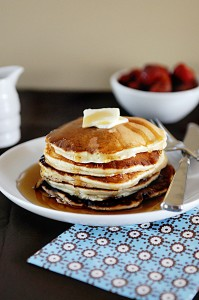 Morning Comfort {Recipe: Sour Cream Banana Pancakes}