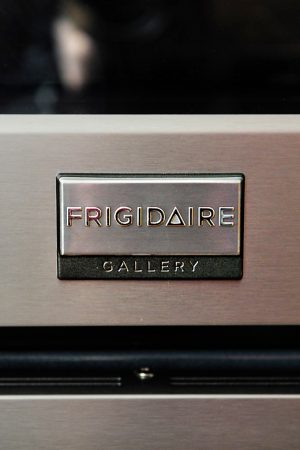 Frigidaire Test Drive Mom – Symmetry Double Ovens