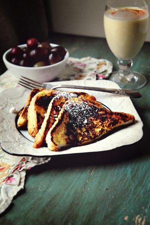 Morning Thanks {Recipe: Eggnog French Toast}