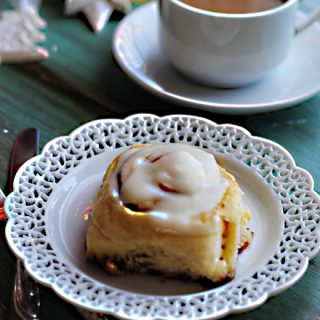Cinnamon Rolls one