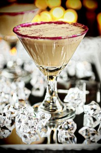 Virtual Holiday Potluck {Recipe: Godiva Mudslide Minitini}