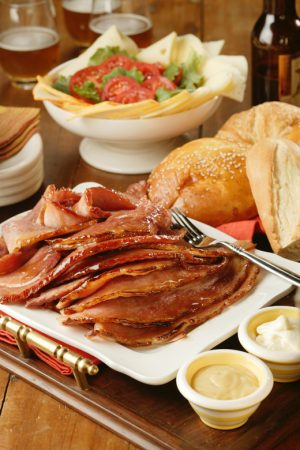 Kansas Pork Association Holiday Ham {Recipe: Sweet Ale Glazed Pork}