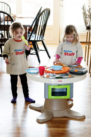 Holiday Gift Idea for Your Little Kitchen Helpers!