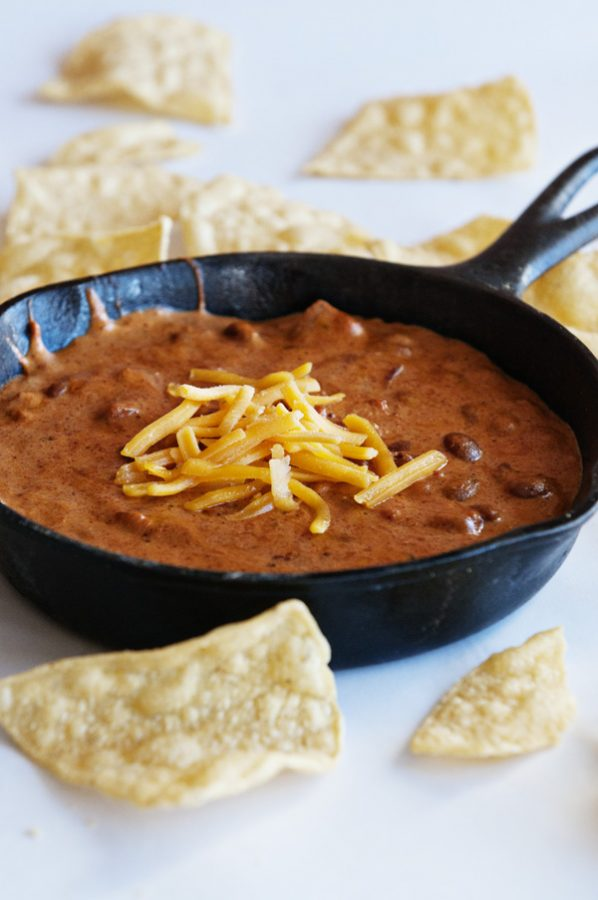 Bush's Chili Bean Cheese Queso from www.dineanddish.net