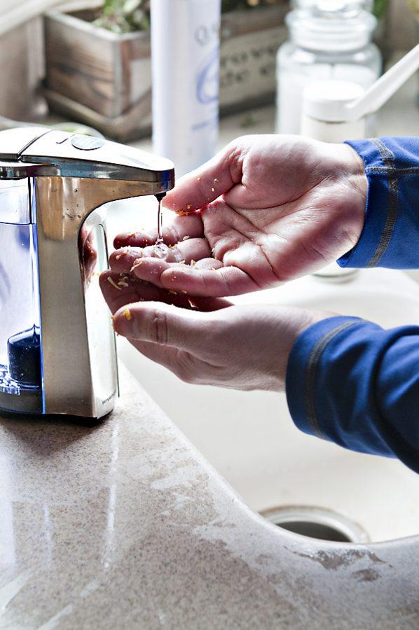Simple Human Sensor Soap Pump