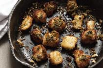 Italian-Herb-Skillet-Croutons