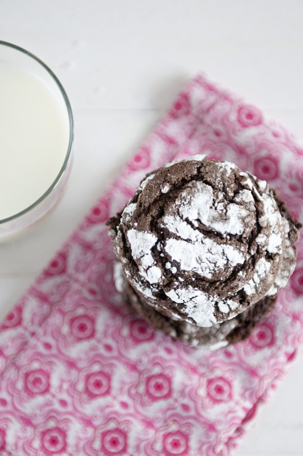 Super Simple Cool Whip Cookies 3 ingredient www.dineanddish.net