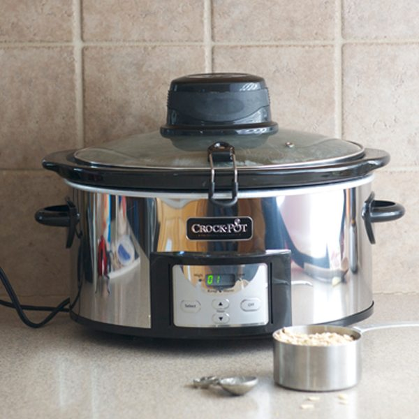 Crock-Pot® 6-Quart Digital Slow Cooker with iStir™ technology Giveaway