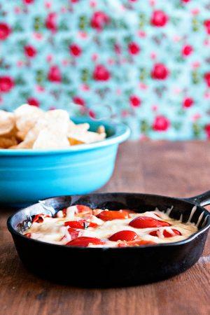 Recipe: Tomato Basil Queso Cheese Dip
