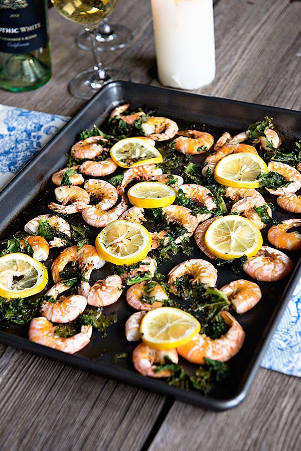 Lemon Kale Baked Shrimp with #ApothicWhite wine from dineanddish.net