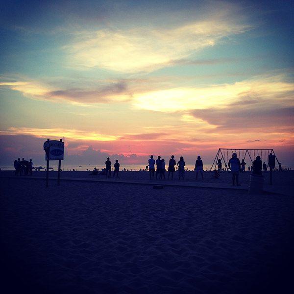 Sunset-Clap
