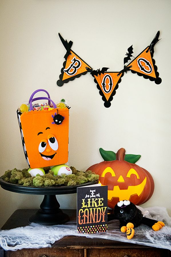 Hallmark-Halloween-Decor