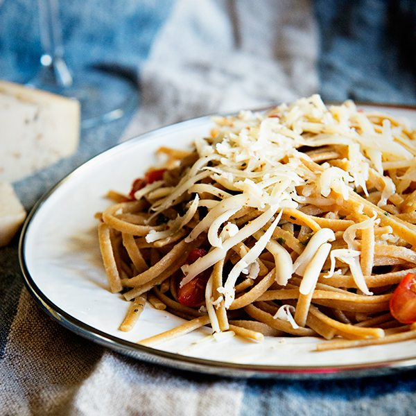Black Pepper Parmesan Linguine with Malbec and the Cheese Cupid App
