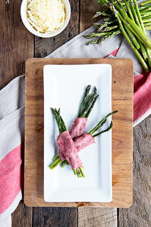 Simple Beef and Swiss Roasted Asparagus Bundles