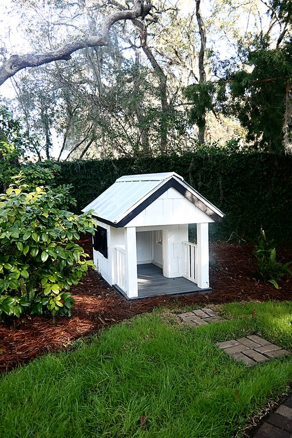 HGTV Doghouse
